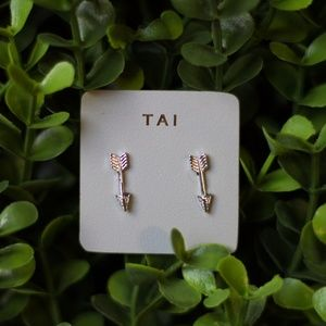 Tai Silver Arrow Earring
